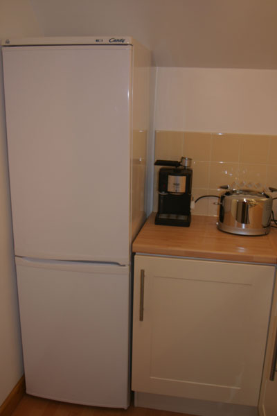 Fridge for Maidenhead self catering apartment for short term let. Rooms to let in Maidenhead